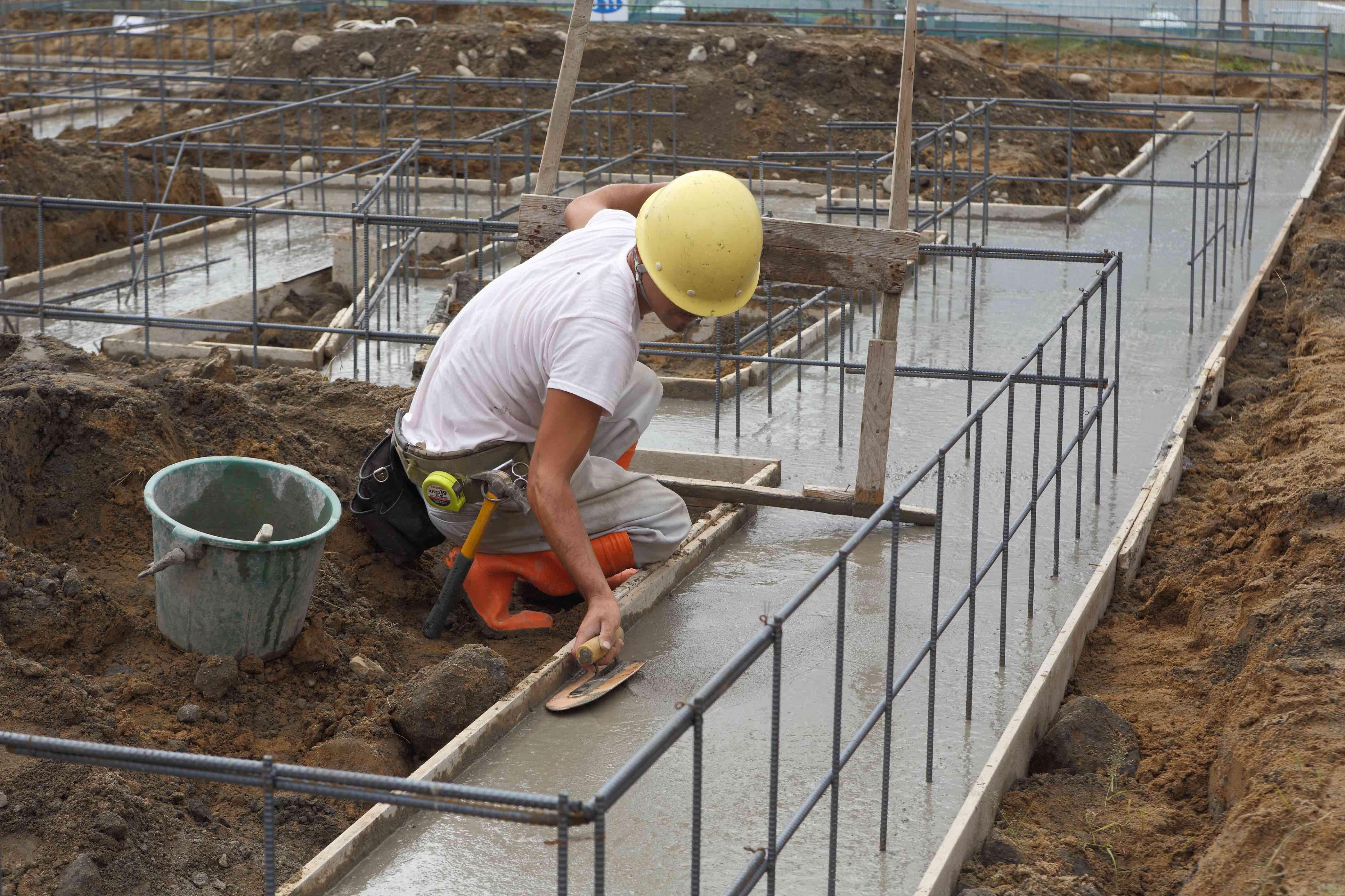 基礎配筋・ベースコンクリート打設