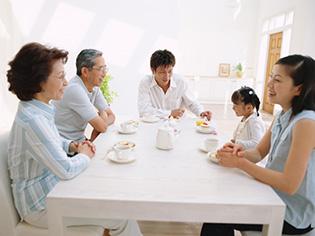 家族で検討する