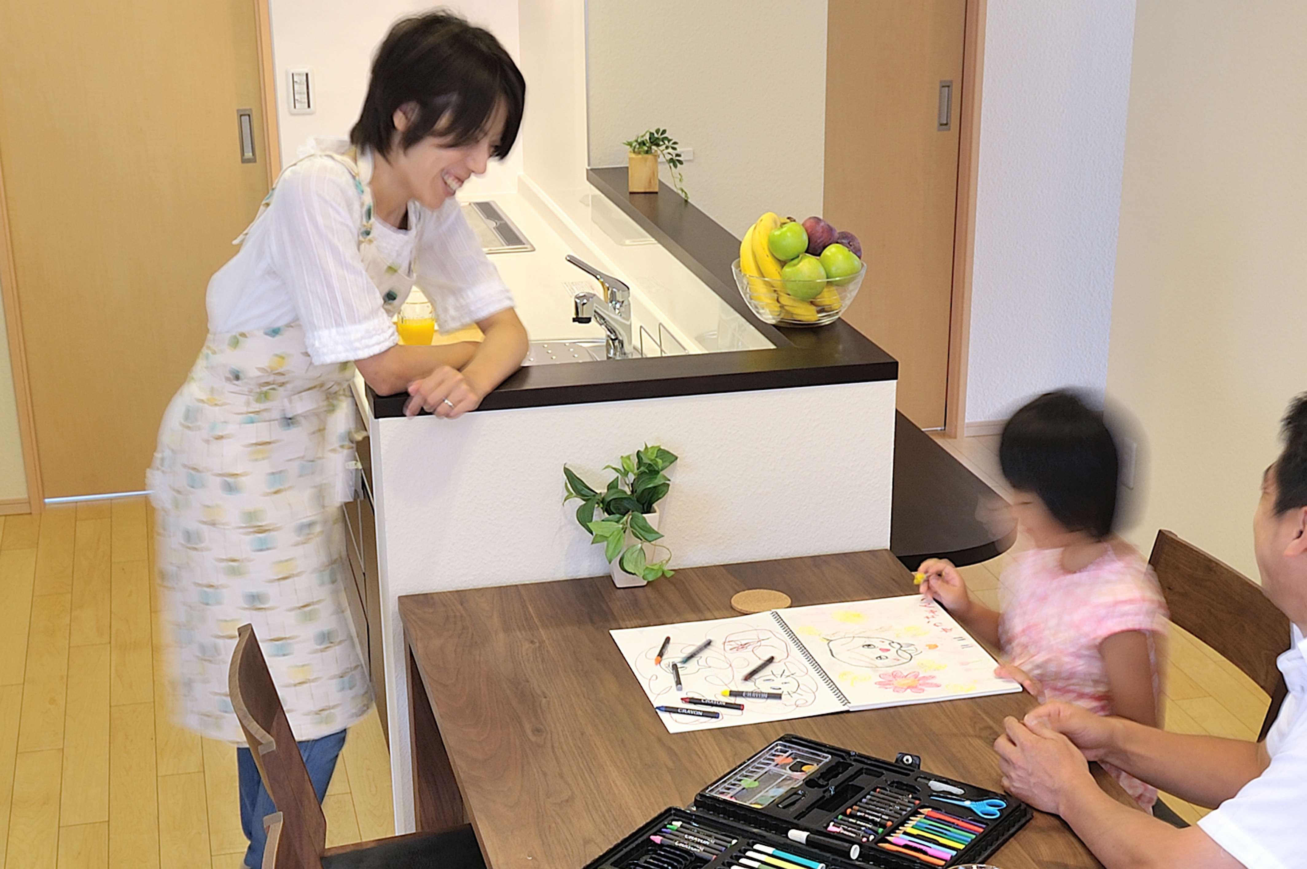 【ママ・女性視点の家づくり】 キッチンへのこだわりこそがママの快適につながる