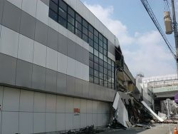 熊本地震での耐震等級2住宅倒壊の衝撃。家の耐震性の行方を考えるへのリンク