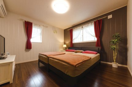 ノスタルジックな雰囲気の寝室