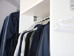 収納スペースをカビから守ろう。カビの予防法と対処法