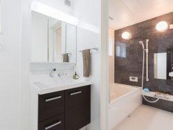 浴室用ドアの種類とメリット・デメリット