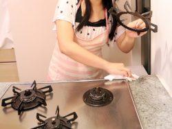 台所の油汚れ落とすコツ、溜めないコツ