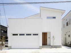 ガレージ付きの家を建てるときに考えたい、床・壁・ドアの色